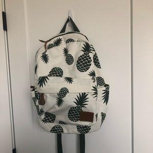 Handbags - Adorable NWT pineapple backpack